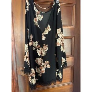 Forever 21 Dresses - NWOT long sleeve black floral dress